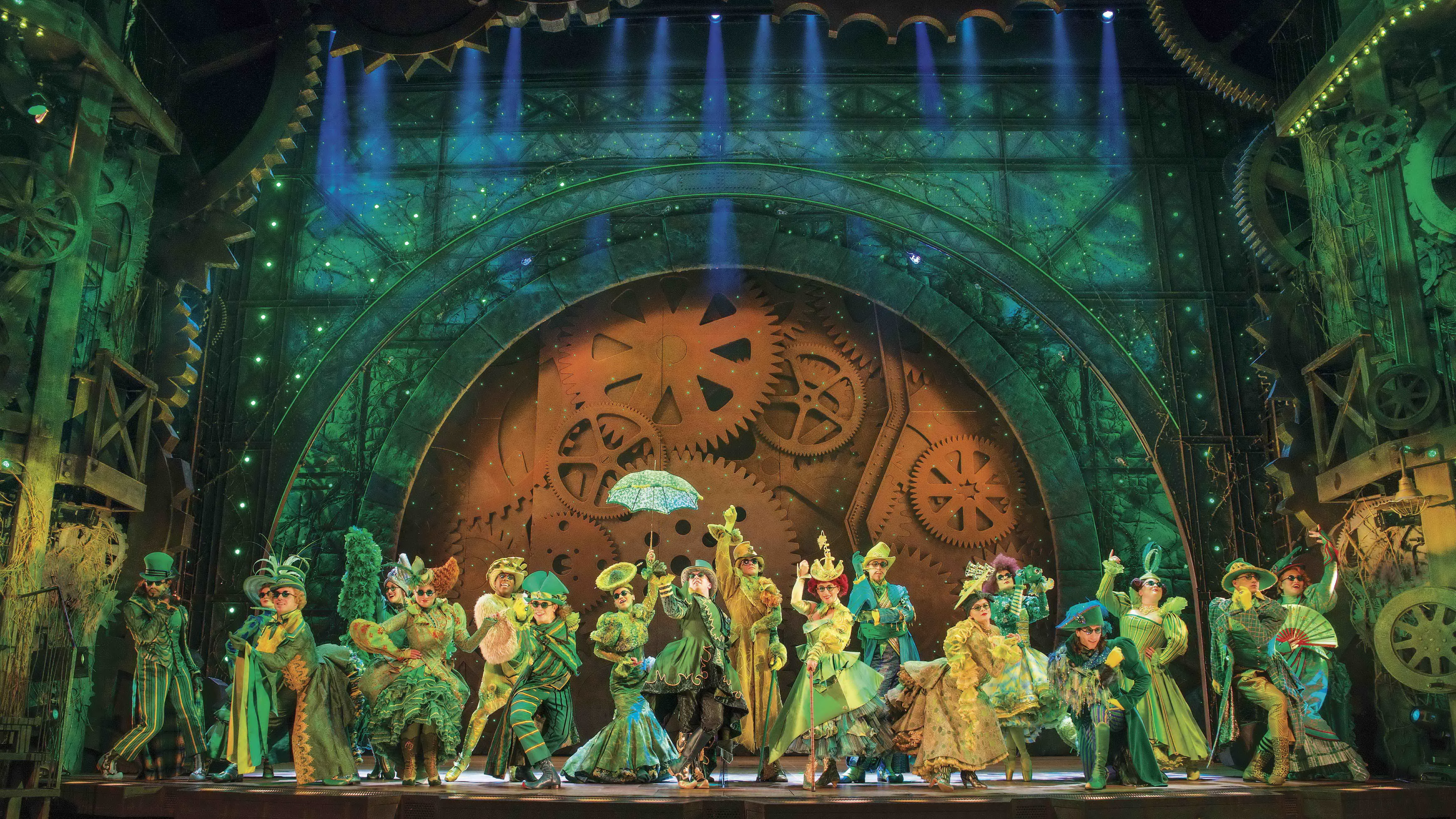 Wicked-UK-International-Tour_2013-2014-London-Company_photo-by-Matt-Crockett_6616_RT-fdabc3.jpg